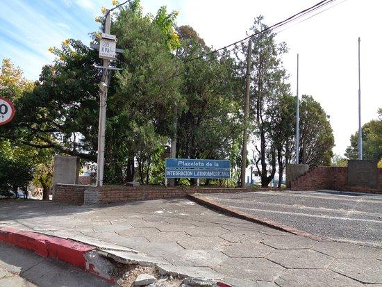 Фрай-Бентос, Уругвай: Vista de la plazoleta