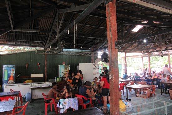 Nossa Maloca Bar e Restaurante: Ambiente interno.