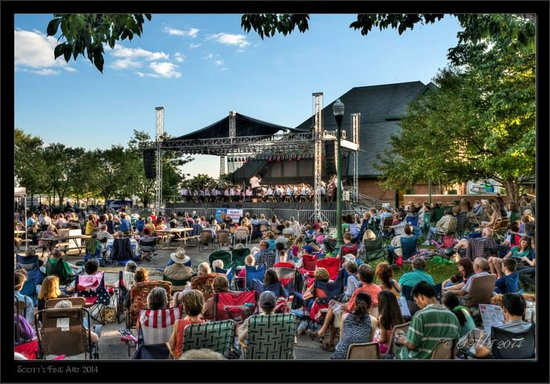 Outdoor concerts and festivals every weekend throughout the summer on Peoria's RiverFront!