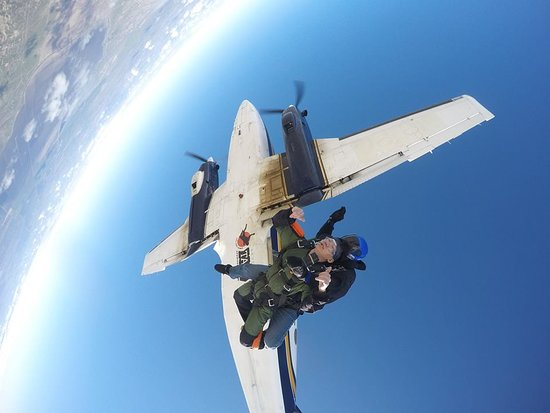 Skydive Taft