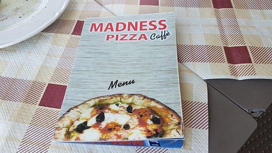 Madness Pizza Caffè: particolari