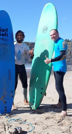 Excellent surfing lesson with Joao