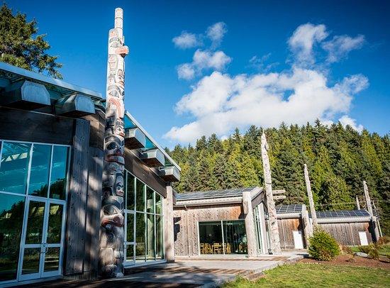 Haida Heritage Centre at Kay Llnagaay