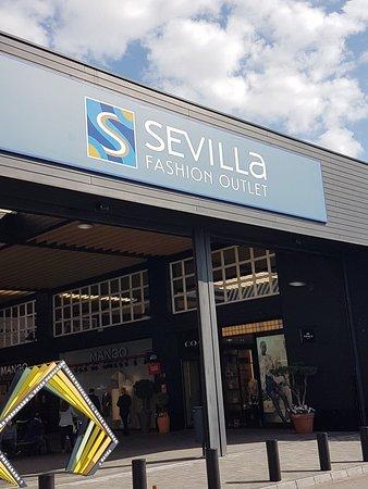 bbf6b1af9 Sevilla Fashion Outlet (Sevilha) - ATUALIZADO 2019 O que saber antes ...