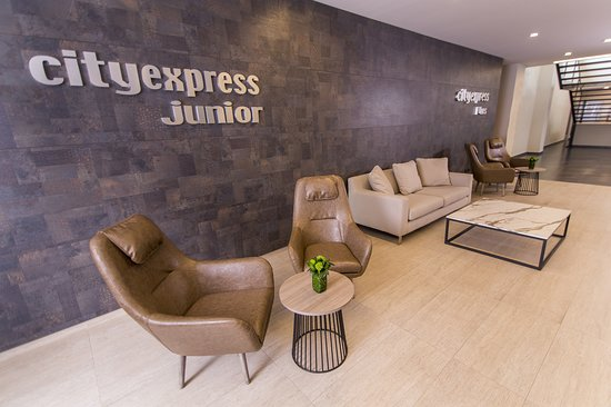City Express Junior Bogota Aeropuerto: Lobby
