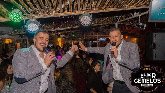 Karaoke de gemelos