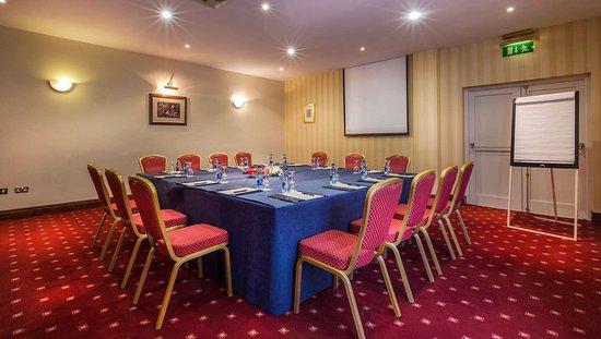 MH ArdboyneHotel Meath IE Property MeetingRoom