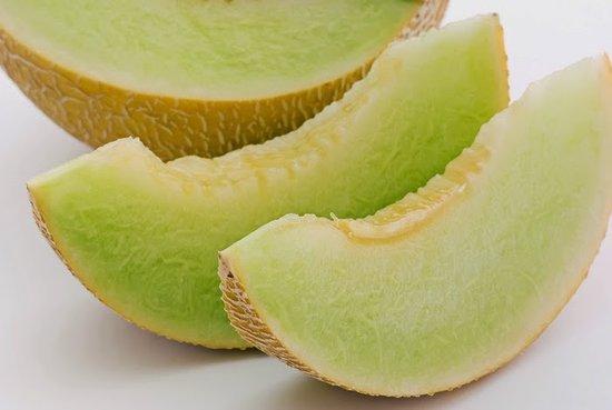 Omang Omang Bar Diner: Melon