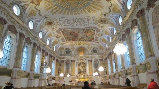 Burgersaalkirche: Magnificent Ceiling