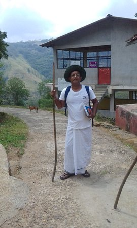 Panwila, ศรีลังกา: Going to Start a smooth medium Grade tour with our traditional lungi (saronge)