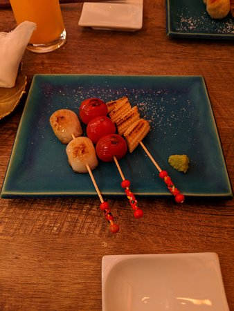 Walking Food Tour in Yurakucho, Shimbashi and Ginza: At the second stop, vegetarian skewers