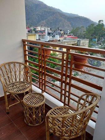 Rishikesh, India: Balcony at our hotel