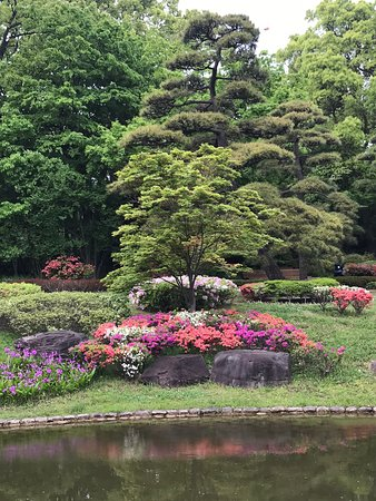 Beautiful gardens, well maintained.  Very pleasant place to visit.