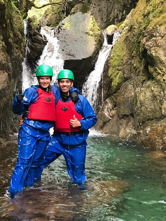 family events, couples weekend breaks, Weddings and wedding parties, even honeymoon couples join us on outdoor adventure days in the Lakes.
