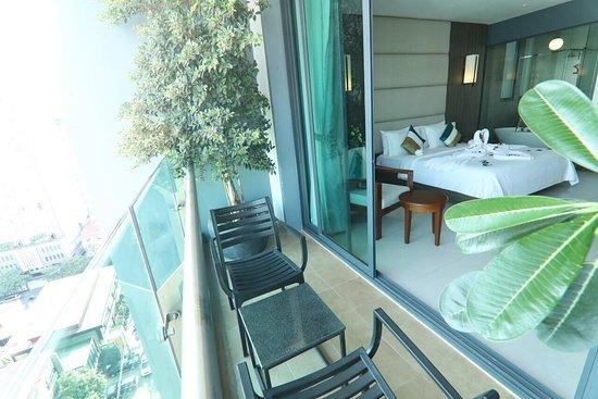 In front our Hotel view. - Picture of Feliz Urban Hotel, Phnom Penh - Tripadvisor