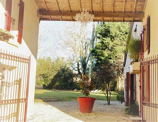 La Carreterie - Maison de Familles: www.lacarreterie.com  #lacarreterie #bordeaux #dordogne #perigord #chambresdhotesdecharme #chambresdhotes #gite #lifestyle #bergerac #monbazillac #saintemilion #paysfoyen