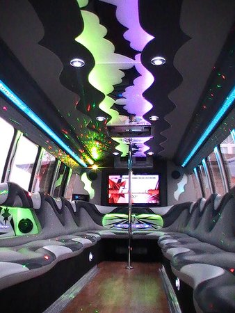 http://www.libertyhamiltonlimo.ca - At Hamilton Limos, our fun facilities won't let you experience the boredom and tiredness of long journeys. Rather, they will make your each moment a memorable one.