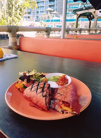 Love burritos? Our #VegetarianFriendly Jack Fruit & Beetroot Burrito is perfect for those looking for a healthy and light food option! #LasIguanasGib #OceanVillage #MainsFromMexico #SmokedChipotlePulledJackFruitAndBeetrootBurrito