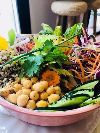 Buddha bowl by Lova vegetarian and healthy