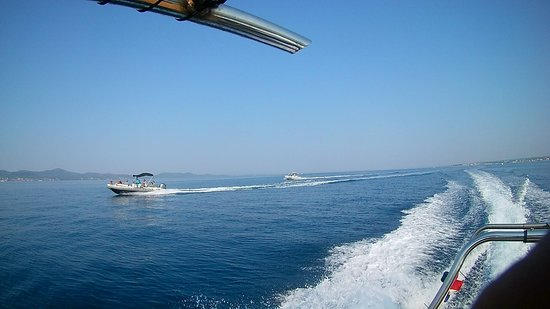 Group tours with Speed Boat Zadar, use multiple boats for your big groups, see who wins the race :-D