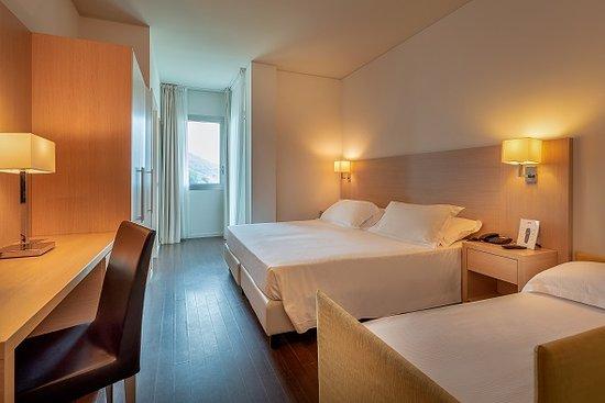 Hotel Baia Flaminia: Camera Family Tripla con vista mare
