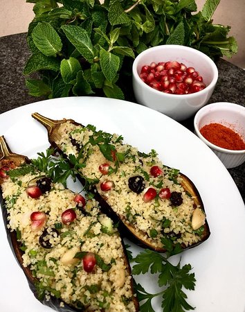 Liban @ Kino: Stuffed Eggplant - Vegan.