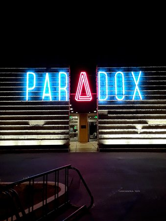 Hotel Paradox Autograph Collection: The awesome neon hotel sign
