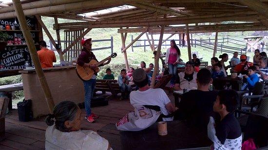 Parque Ecoturistico y Extremo Yaguare: eventos y música 