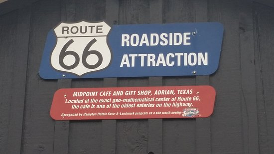 Adrian, טקסס: Route 66 Midpoint