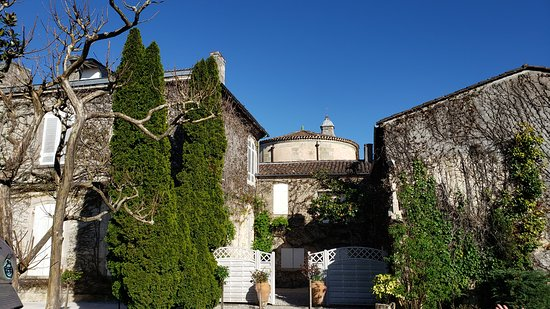 Médoc Region Half-Day Wine Tour with Winery Visit & Tastings from Bordeaux: Chateau