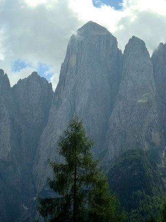 Monte Agner: L'impressionante spigolo nord