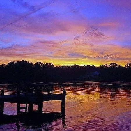 Day or night Lake Anna Virginia has some of the most beautiful sun sets and sun rises.