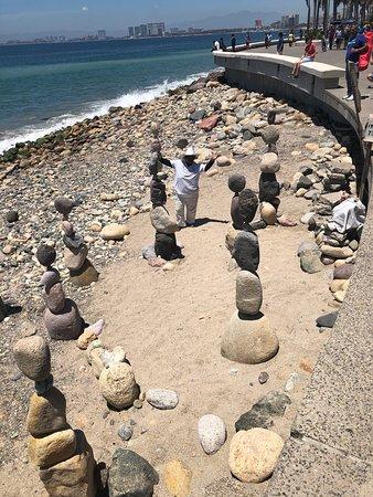 Malecón Boardwalk: Amazing talent !