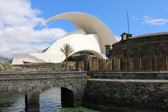 Tenerife Auditorium (Auditorio de Tenerife): Beak and St Juan