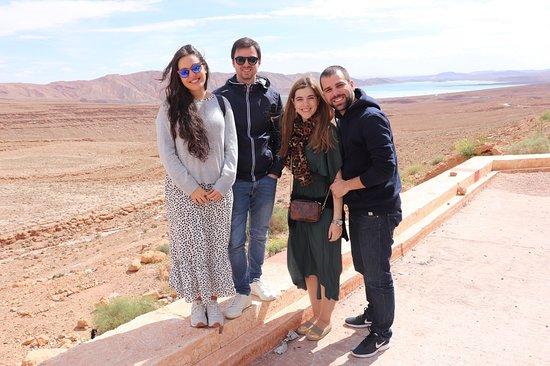 사하라 사막 (Merzouga)을 경유하여 마라 케슈에서 끝나는 페즈 (Fez)에서 출발하는 3 박 2 일 여행 사진