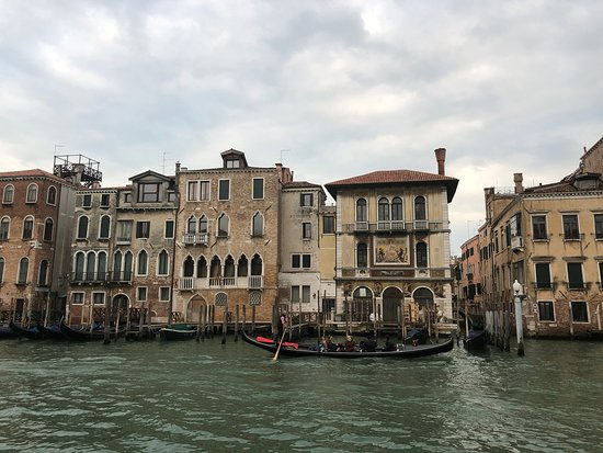 Canal Grande: Along the Grand Canal