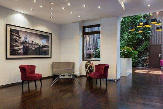 Hotel Aida Marais: Lobby