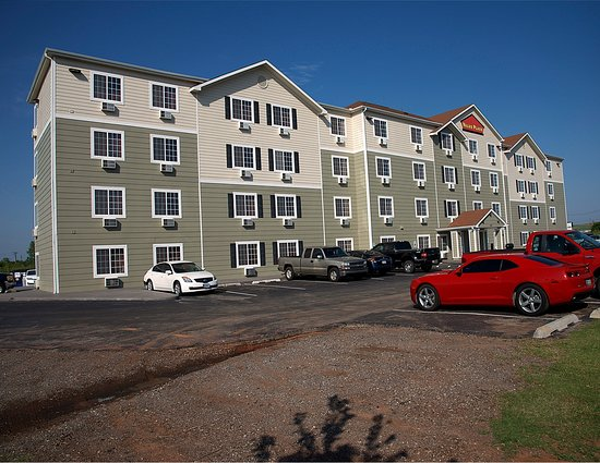WoodSpring Suites Oklahoma City Southeast: Ext Panorama Day