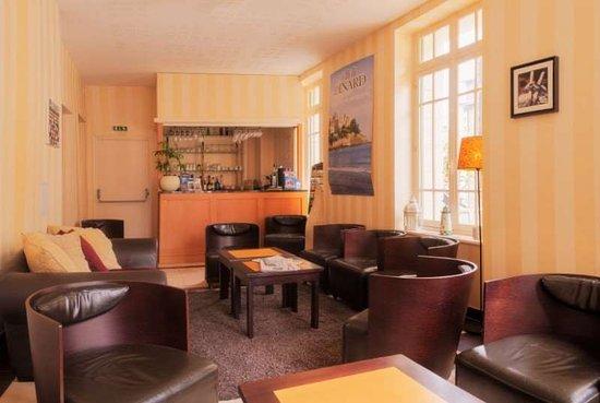 Hotel Dinard Balmoral: Guest room