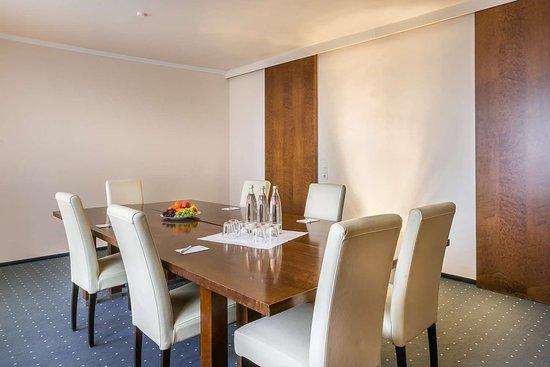 Best Western Hotel Goldenes Rad: Meeting room