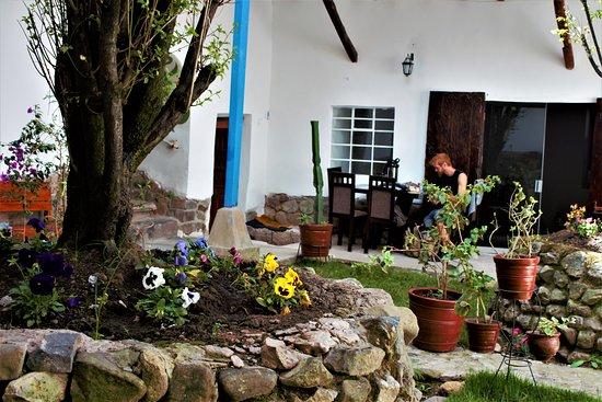 Hospedaje El Portón: Foto de nuestro Jardín