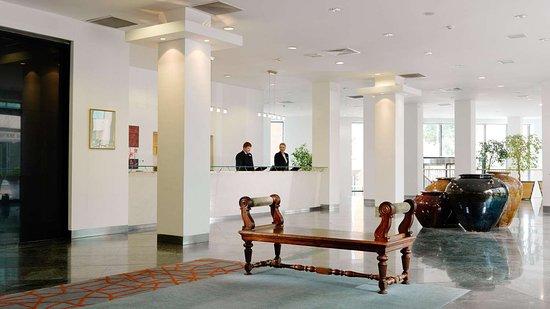Herbert Park Hotel and Park Residence: Reception & Lobby