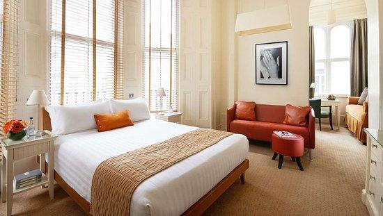 MH KensingtonHouseHotel London UK Guestroom Superior