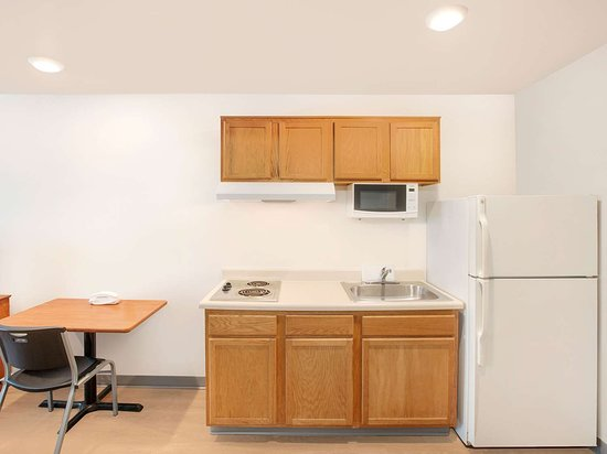 Generic WoodSpring Suites Kitchen
