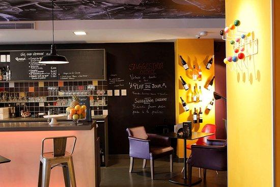 Hotel Kyriad Lyon Centre - Perrache: bar