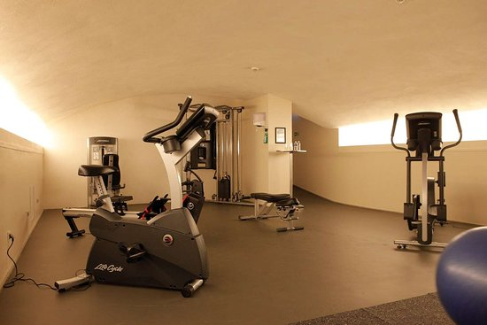 Hotel Kyriad Lyon Centre - Perrache: fitness