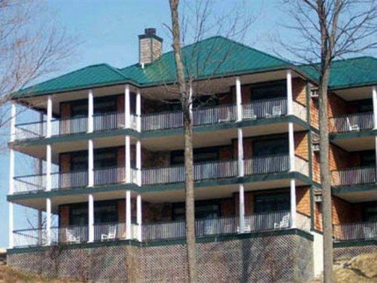 legend cottage inn prices condominium reviews bellaire mi rh tripadvisor com