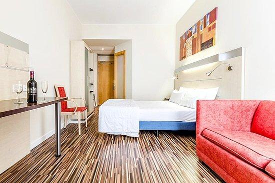 ホテル ネクス サラゴサ