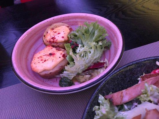 Mani Restaurant & Bar: запеченный картофель