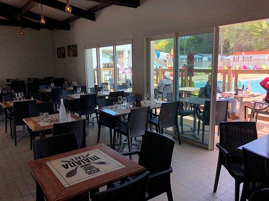 MAIANA CAFÉ - Notre Salle intérieure...